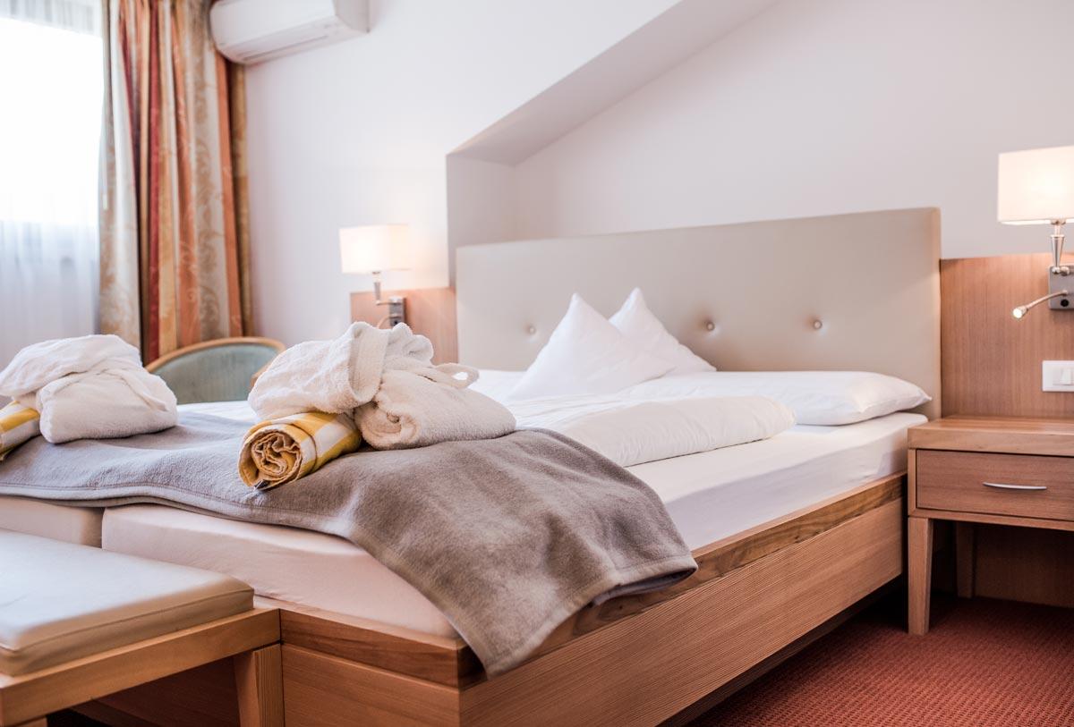 Wohnen im meraner land hotel f rstlerhof s - Zimmer kuhlen ohne klimaanlage ...